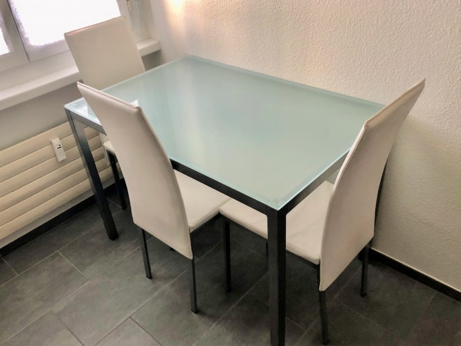 Küchentisch Set - gratis abzugeben